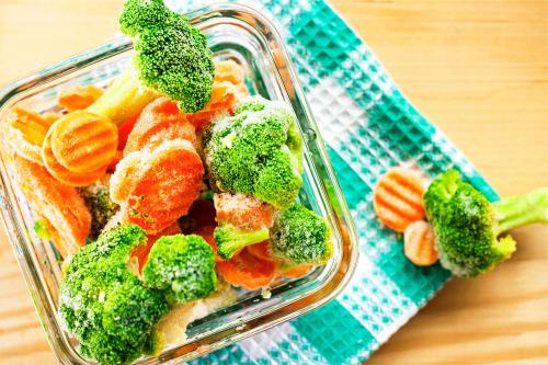 Як заморозити овочі, фрукти та ягоди на зиму в домашніх умовах