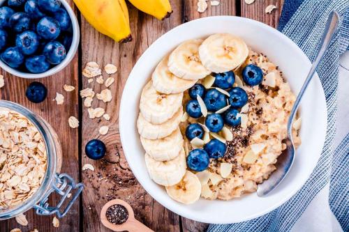 4 рецепти смачної вівсянки. Сніданок на ура!
