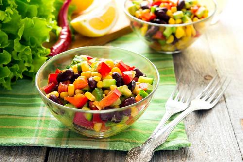 Весняні салати: ТОП-5 легких рецептів