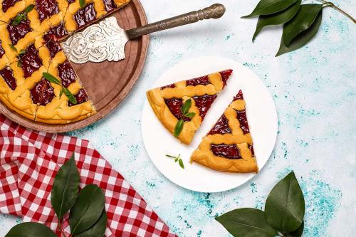 Кростата: рецепт італійського пирога з малиновим варенням