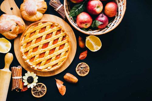 Як прикрашати пироги: рецепти та добірка смачних ідей